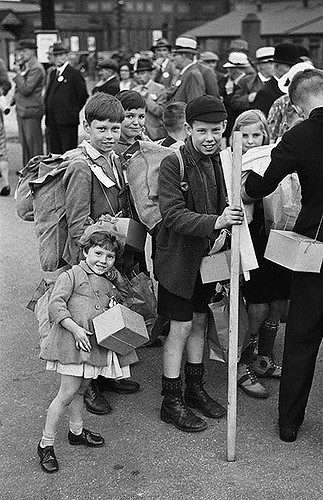 evacuees-in-montgomeryshire-684931